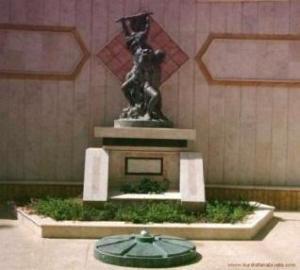 النصب التذكاري لشهداء حريق سينما عامودا